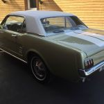 Ford mustang coupe 1966 - verte bande blanche - 2